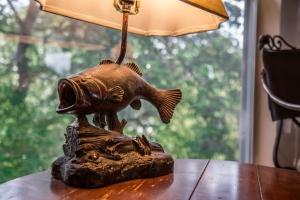 western-fish-lamp-1